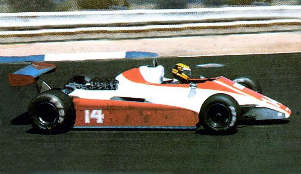 1982 N180 B Guerrero.jpg