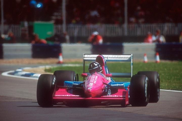 1992 #8 Damon Hill Brabham BT60B Britain (3).jpg