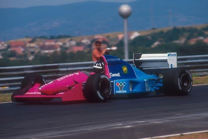 1992 #8 Damon Hill Brabham BT60B Hungary.jpg