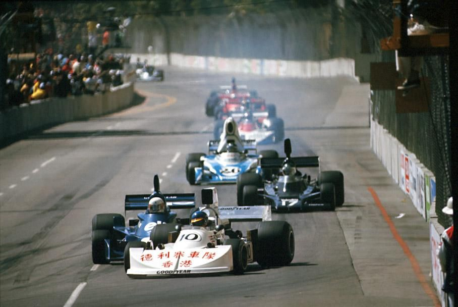 1976_March_761_Ford_Ronnie_Peterson_EUW05.jpg