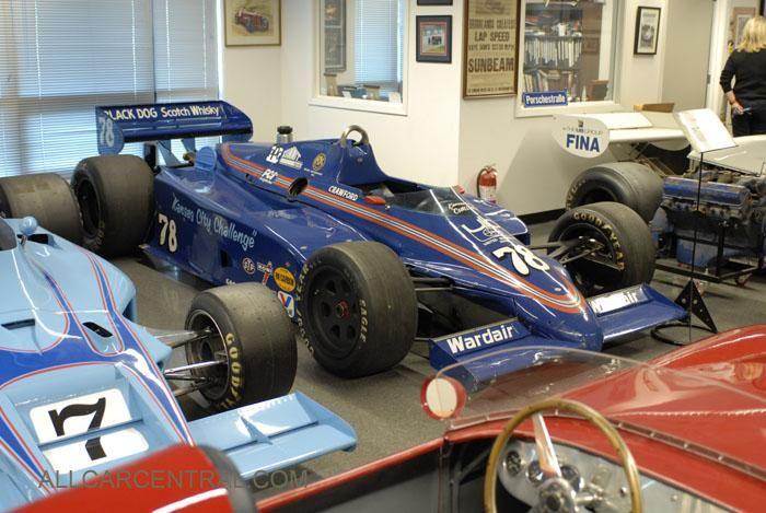 Theodore_Indycar_sn-020_1983_Mallya_2012_SFF3327.jpg
